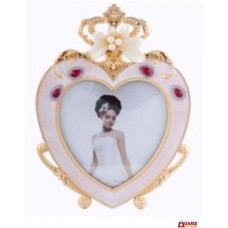 Silver Heart Shape Photo Frame